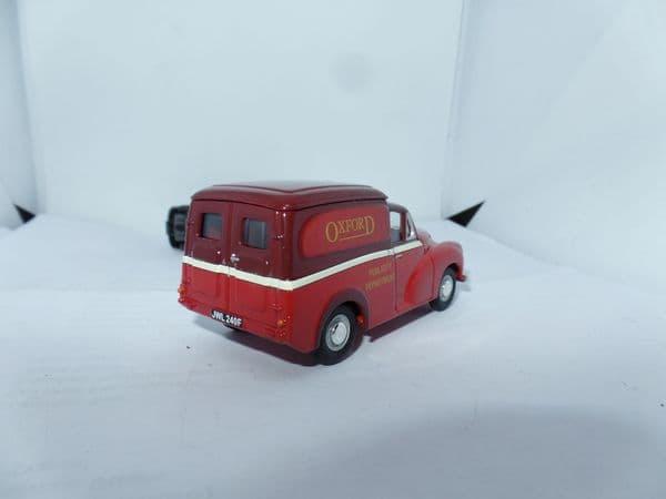 Corgi Lledo Vanguards VA01118 1/43 Scale Morris Minor 1000 Van  Oxford Motor Services Bus Support